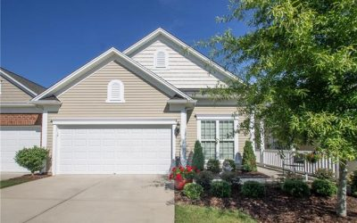 Beautiful Muirfield Villa w/ 3-Season Room & Paver Patio!