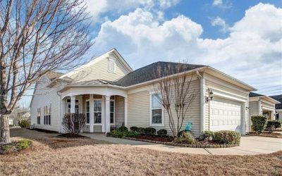 Must-see Pine Spring Home w/ Sun Room & Office!